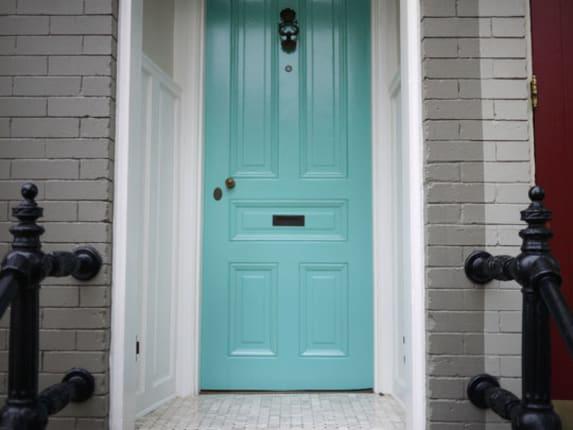 5 Ways To Burglar Proof Your Front Door Apartment Therapy