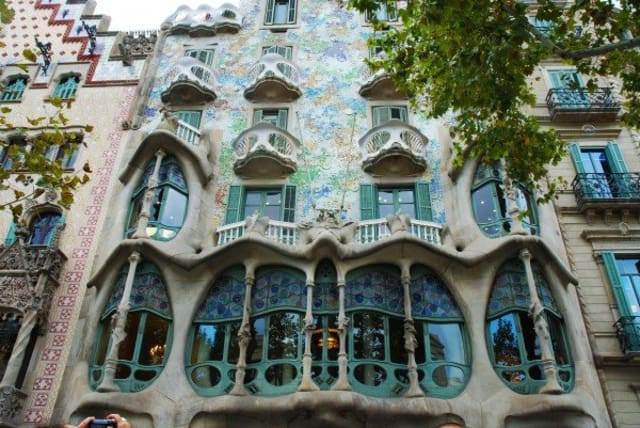 Art Deco Vs Art Nouveau What S The Difference Apartment Therapy