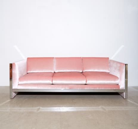 Pink velvet sofa Modern Dreamer Couch In Velvet At Pop Scott 3930 Aud Apartment Therapy When Two Trends Collide Beautiful Pink Velvet Sofas Apartment