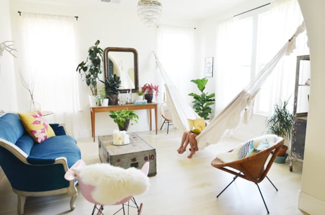 Charmant Bring The Outdoors In: Living Room Hammocks U0026 Hanging Chairs | Apartment  Therapy