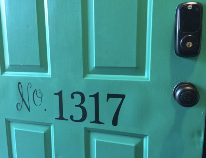 this must be the place 12 house number diy ideas apartment therapy. Black Bedroom Furniture Sets. Home Design Ideas