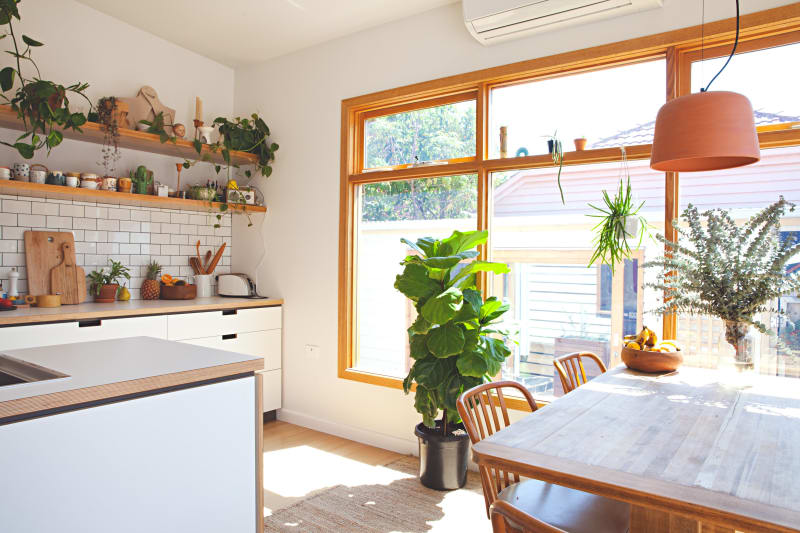 House Tour: A Colorful, Happy Family House in Australia ...