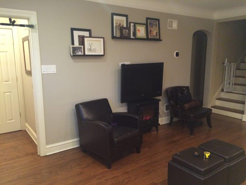 How Should I Arrange My Awkward Living Room? | Apartment ...