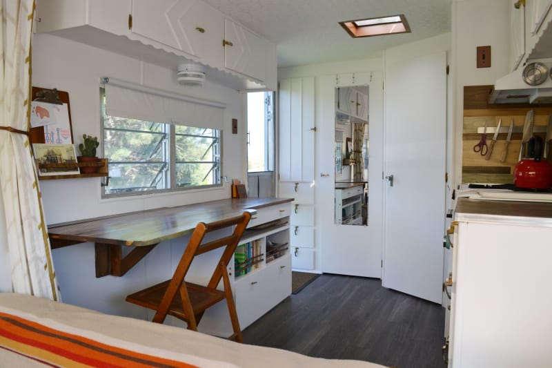 House Tour A Couple Shares A 120 Square Foot Trailer Apartment Therapy