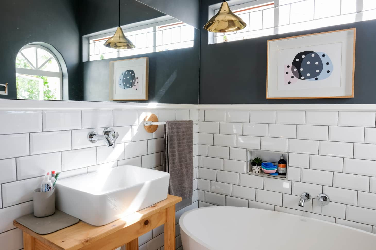 Small Bathroom Design & Storage Ideas | Apartment Therapy