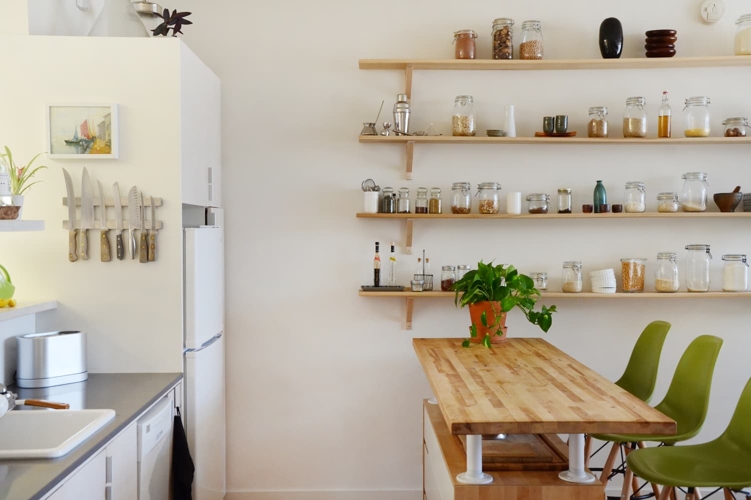 6 Easy Yet Dramatic Ways To Organize Your Kitchen Food Storage