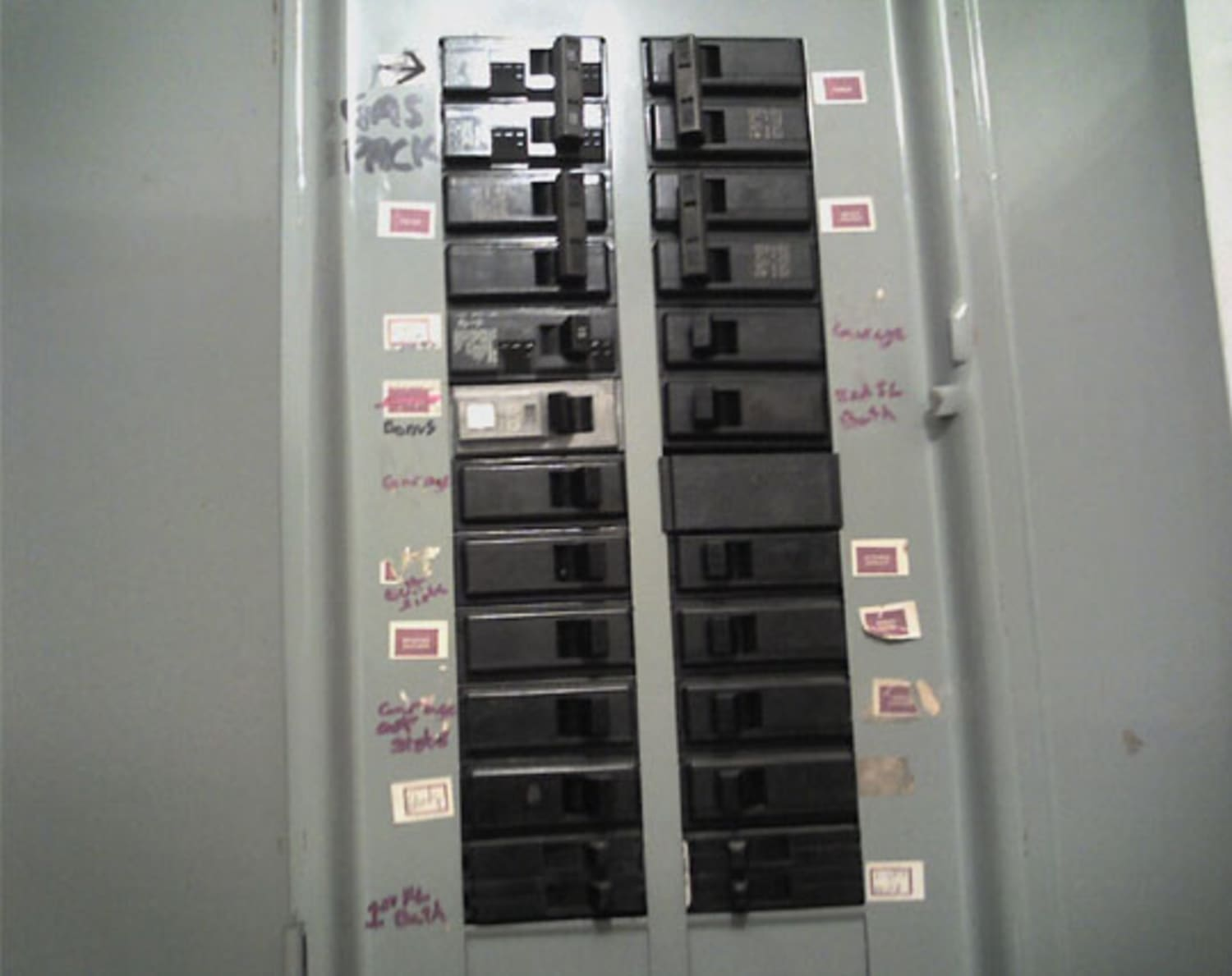 No Fuse Box In Apartment on apartment carpet, apartment roof, apartment battery box, apartment front door, apartment meter box, apartment panel box, apartment cable box,