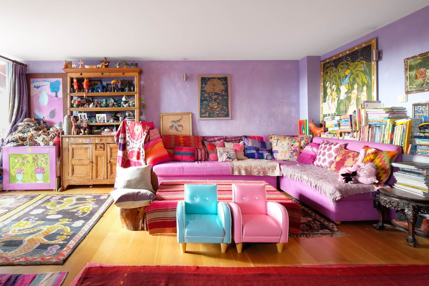 elements of purple living interior design | Unusual Color Combo:Red and Purple Interiors | Apartment ...
