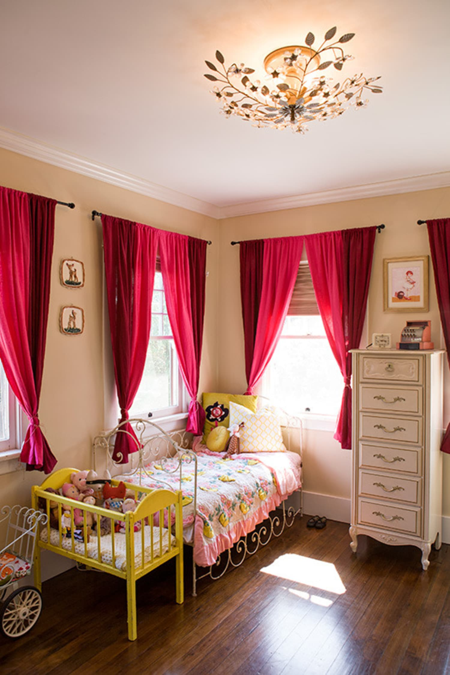 30 Ways To Add Color To Your Kid S Room Without Painting