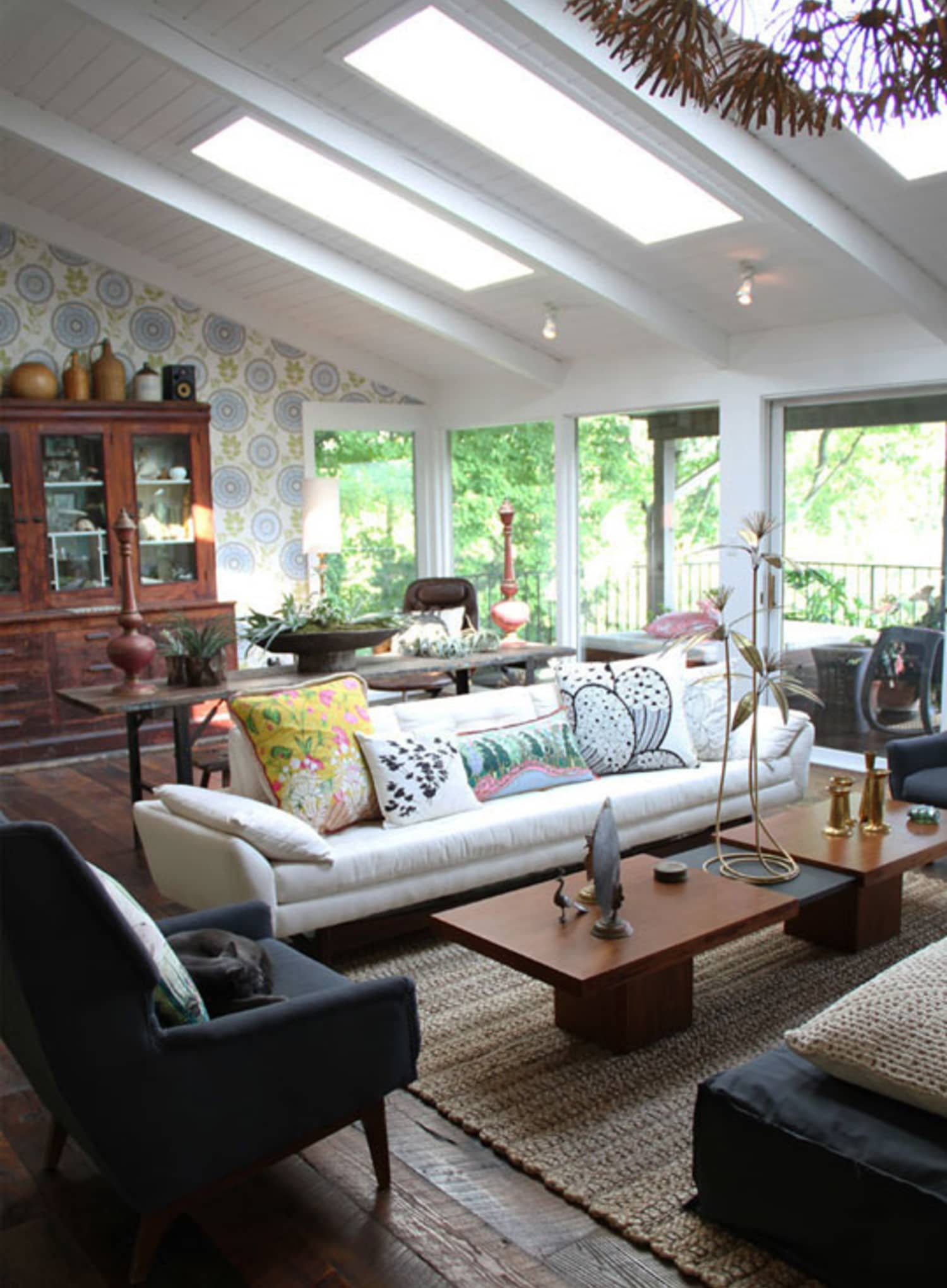 Space Planning Secrets: 5 Ways to Love Your Living Room ...