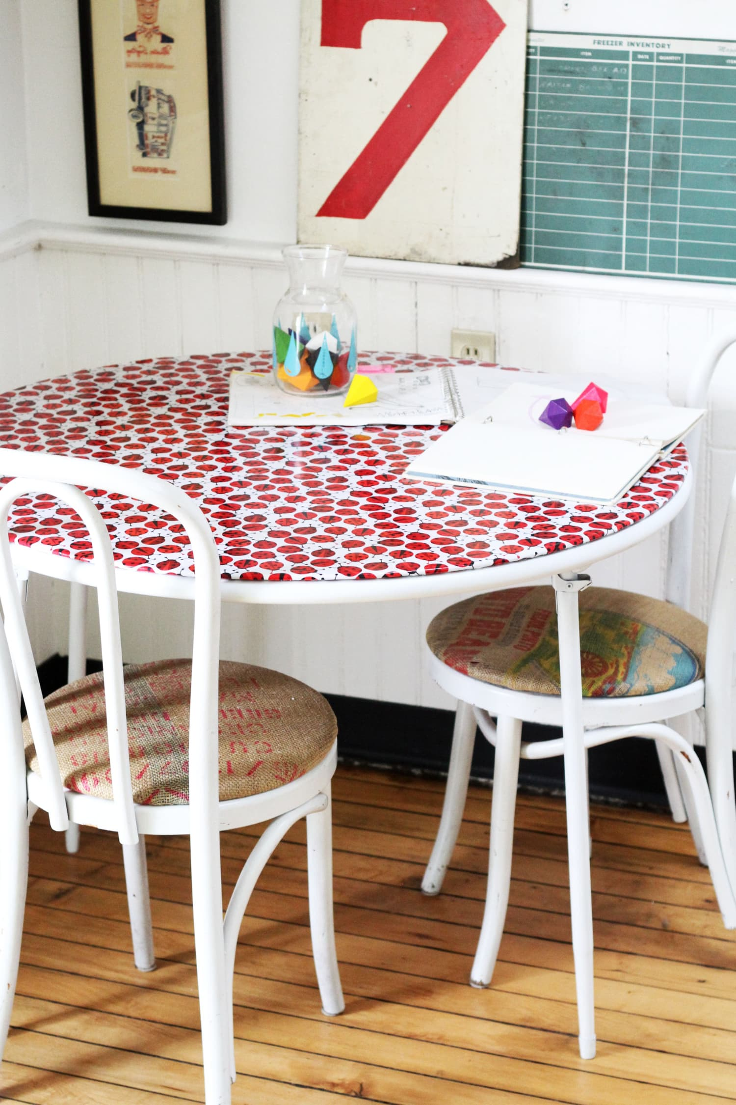 Diy Ways To Reinvent Old Tired Card Tables Amp Folding