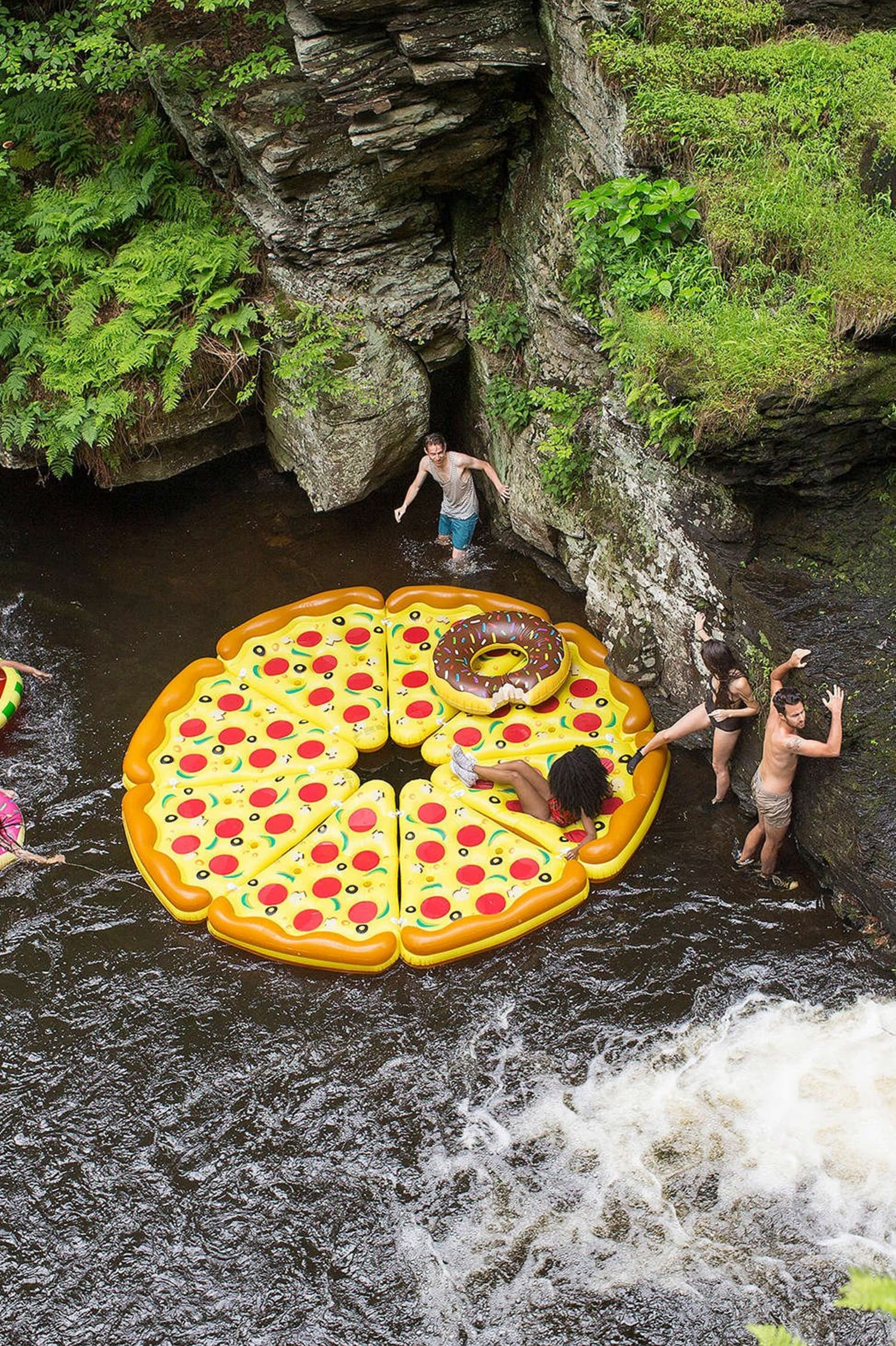 The Best Giant Pool Floats Apartment Therapy