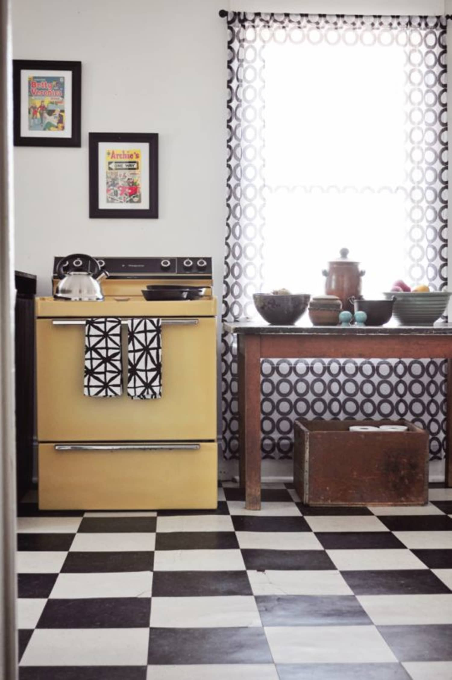 More Than 80 Quick Rental Fixes For The Kitchen Apartment Therapy