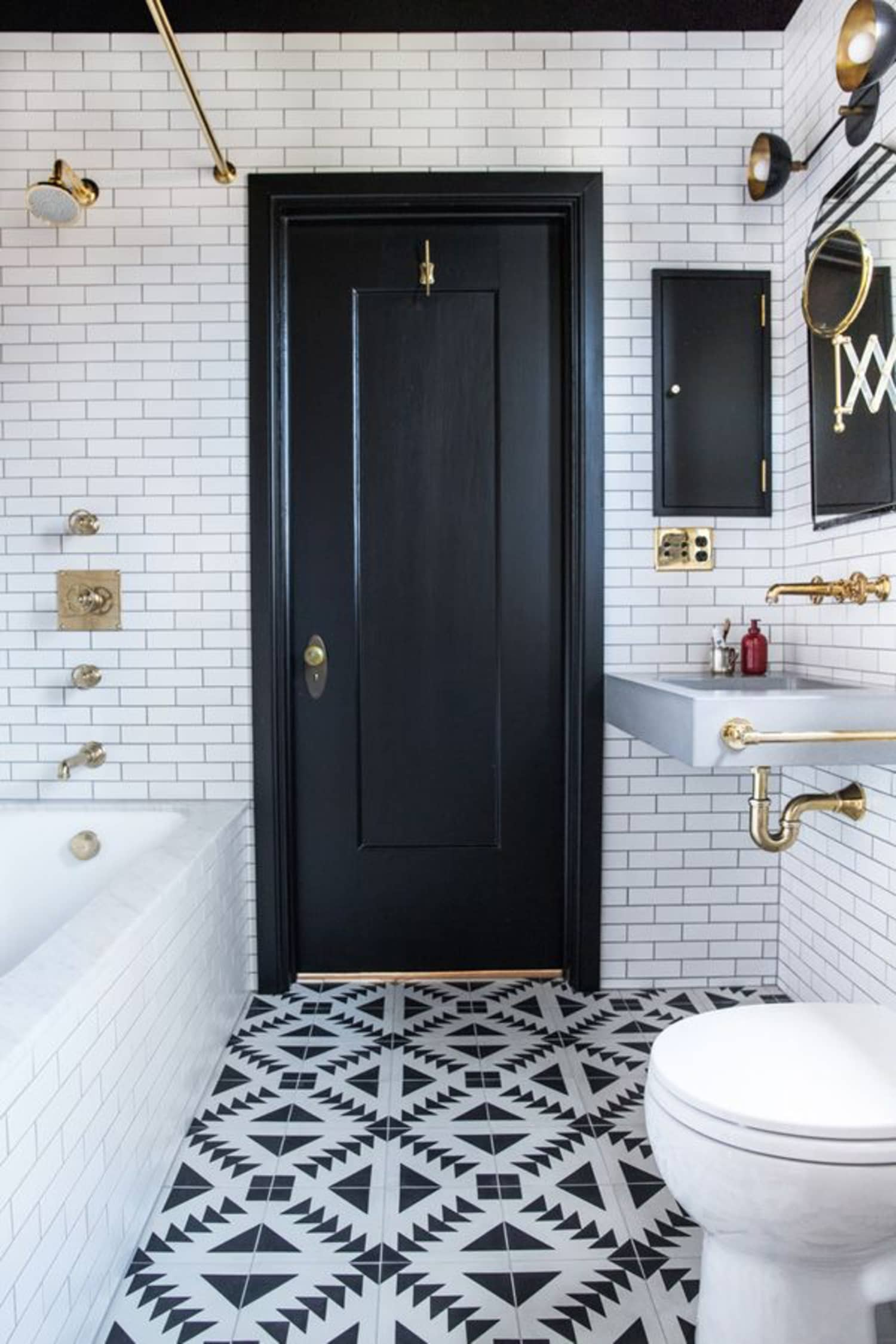 Black And White And Gold In The Bathroom Apartment Therapy