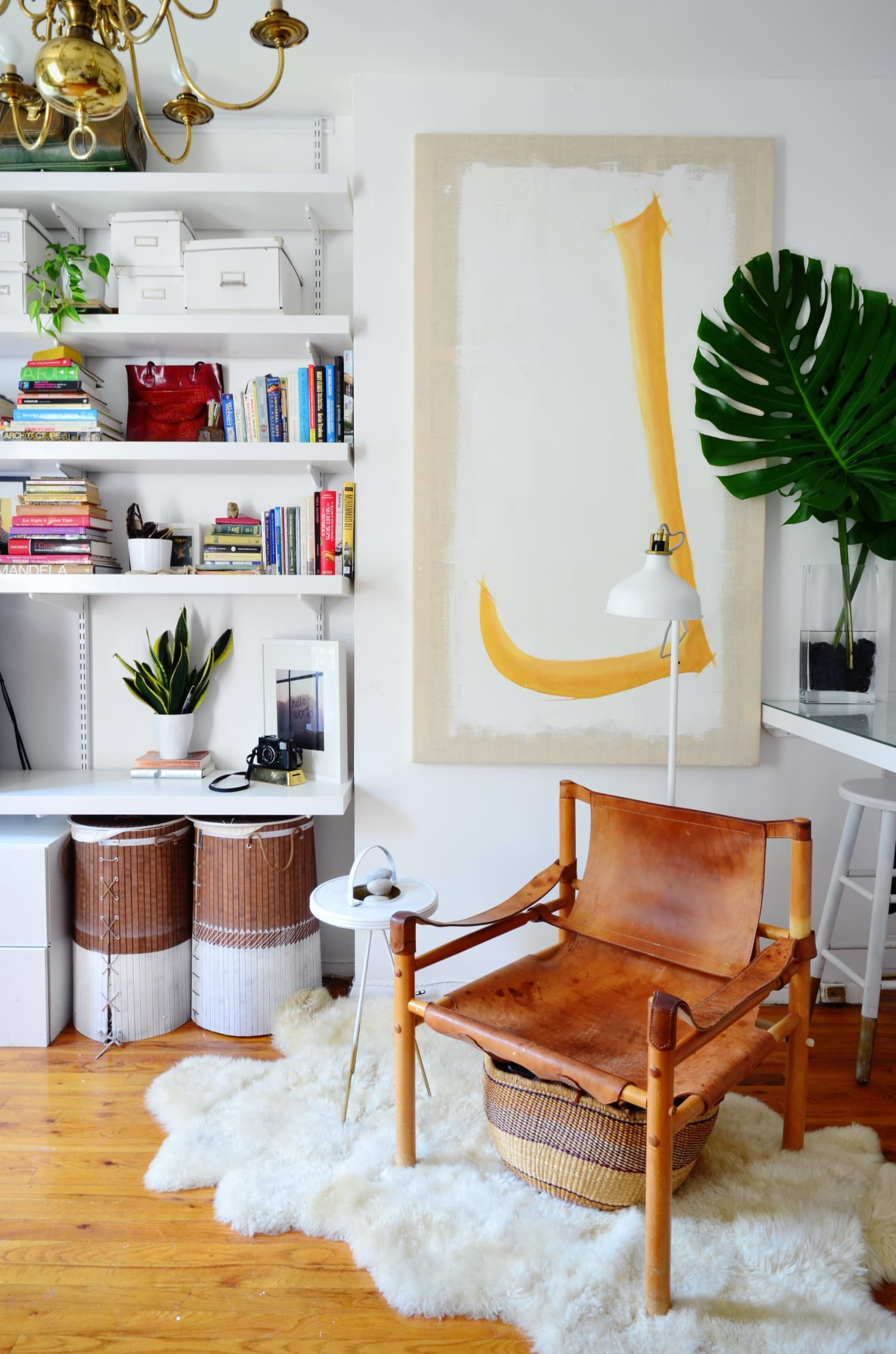Small Living Room Decoration 6 Smart Ideas To Make It: 9 Smart Design Ideas For Your Studio Apartment