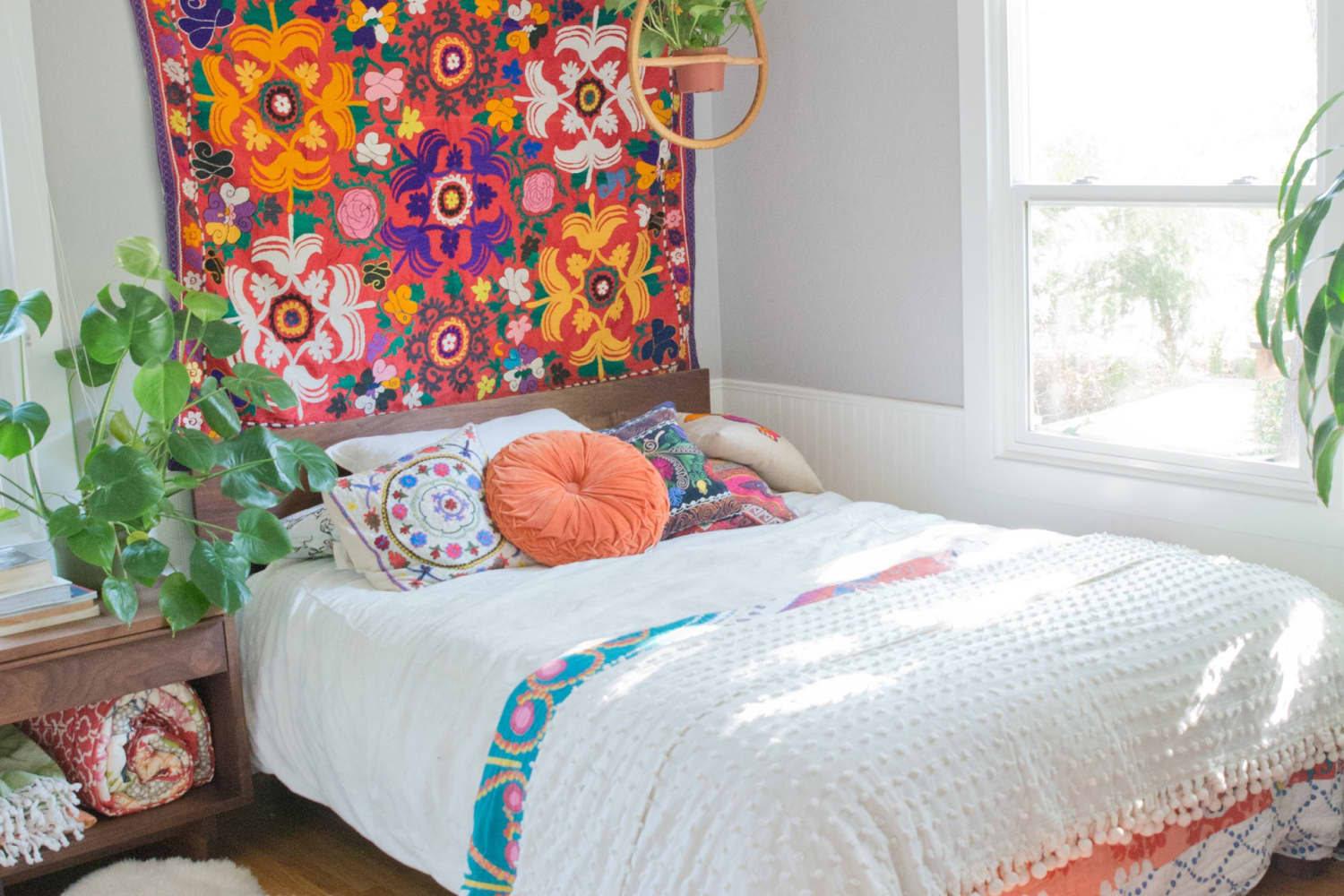 Get the Look: Mid-Century & Bohemian-Inspired Colorful Style