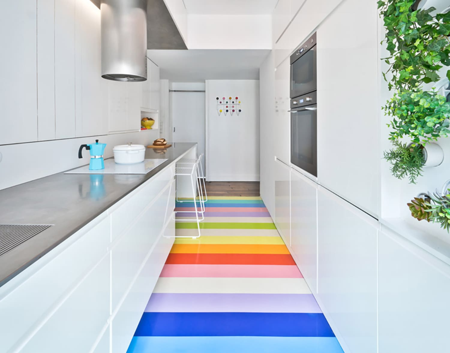Why Rubber Floors Are Great For Kitchens and Bathrooms ...
