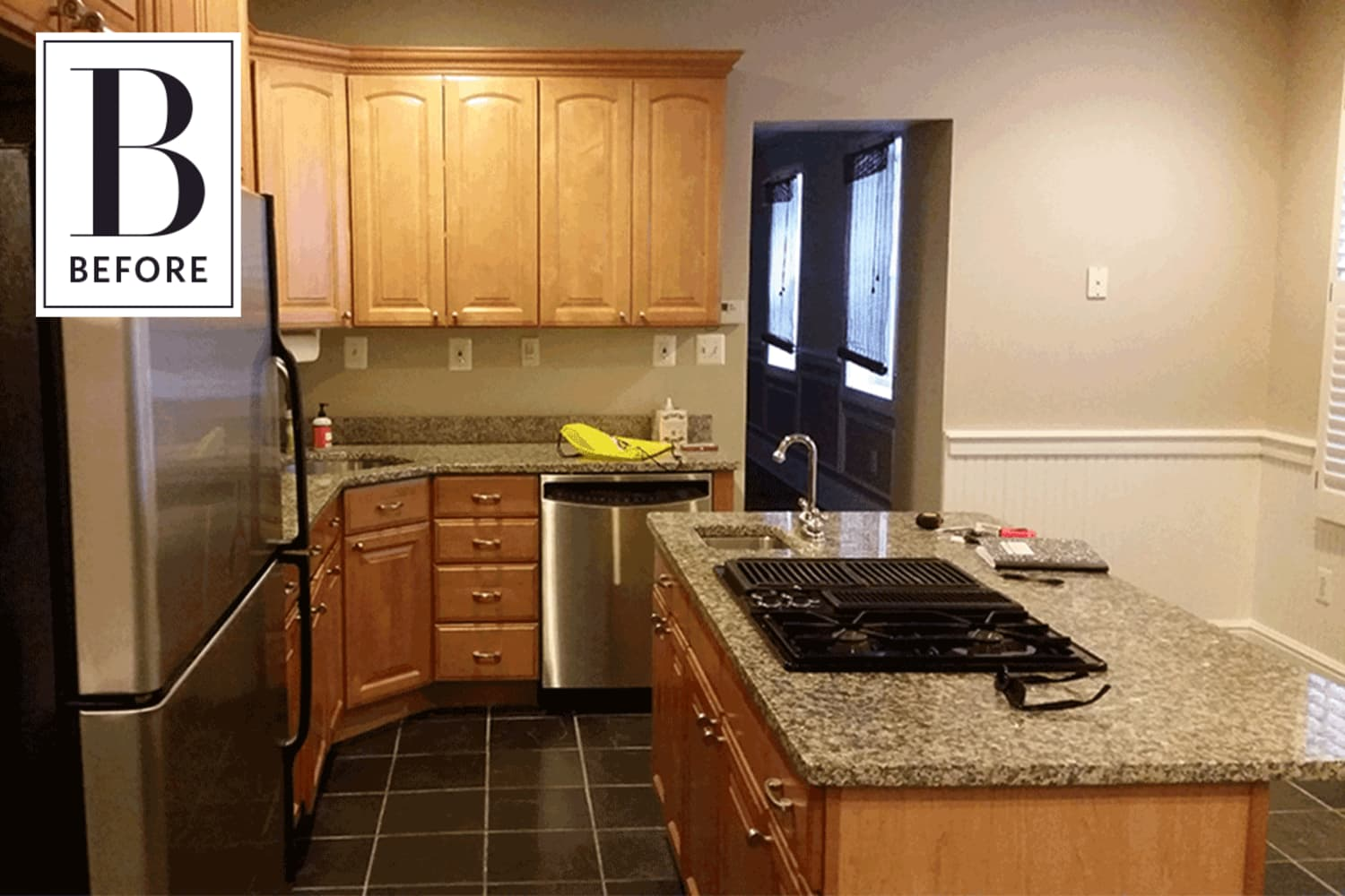 Before & After: A Sister Steps in From Across the Country to Give This Kitchen a New Look