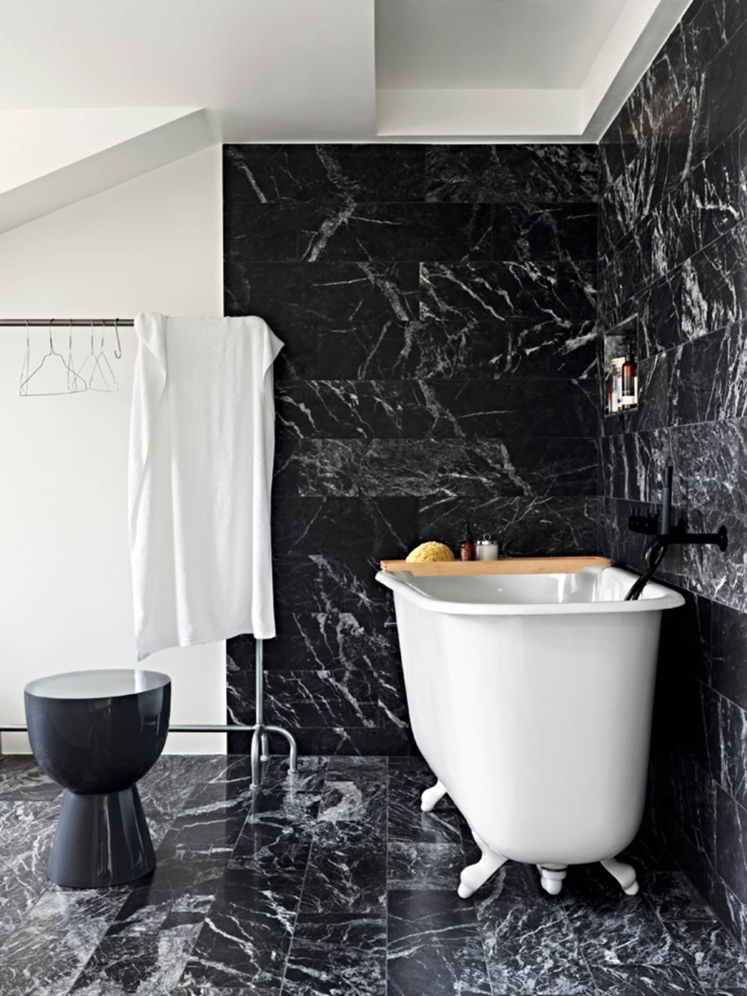 black bathroom wall tiles