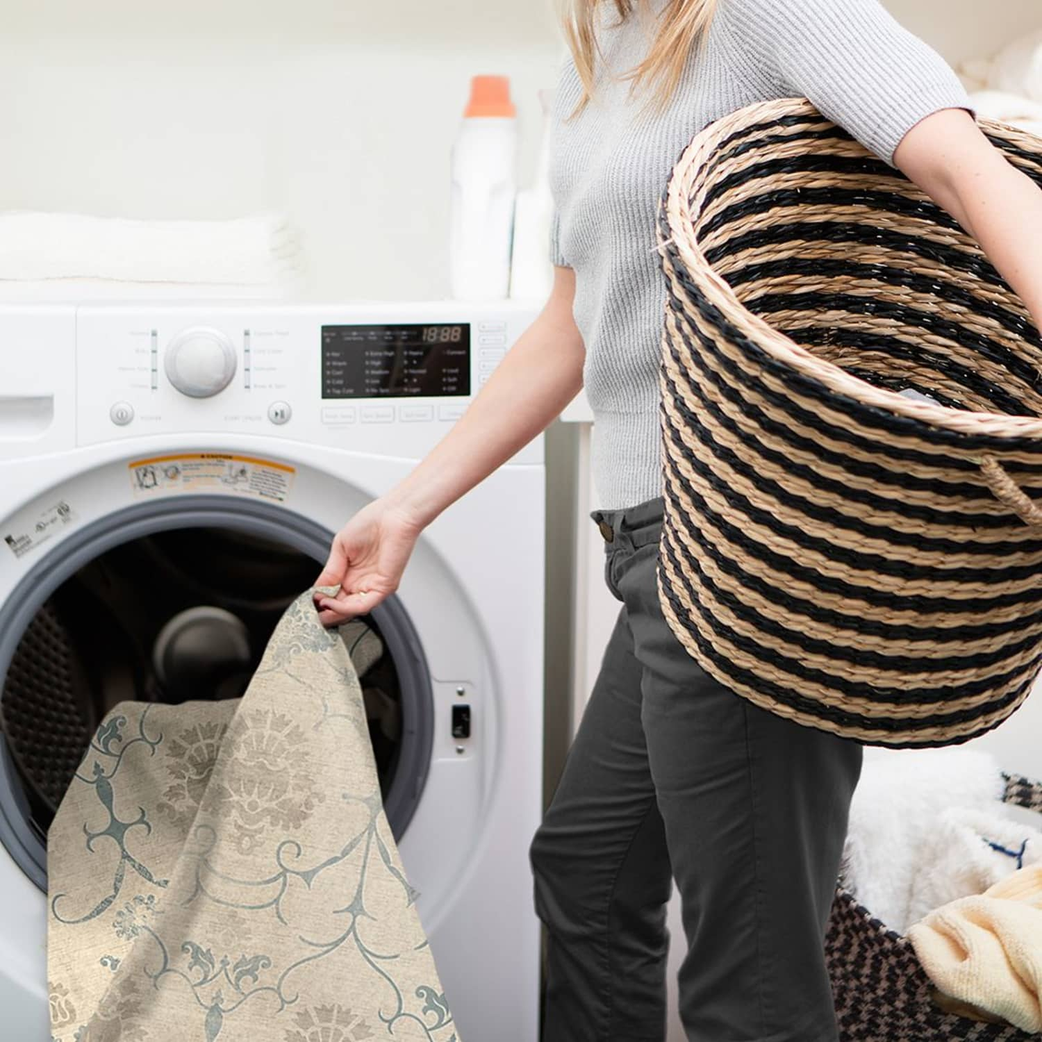 Can You Clean a Rug in the Washing Machine? You Can Wash ...