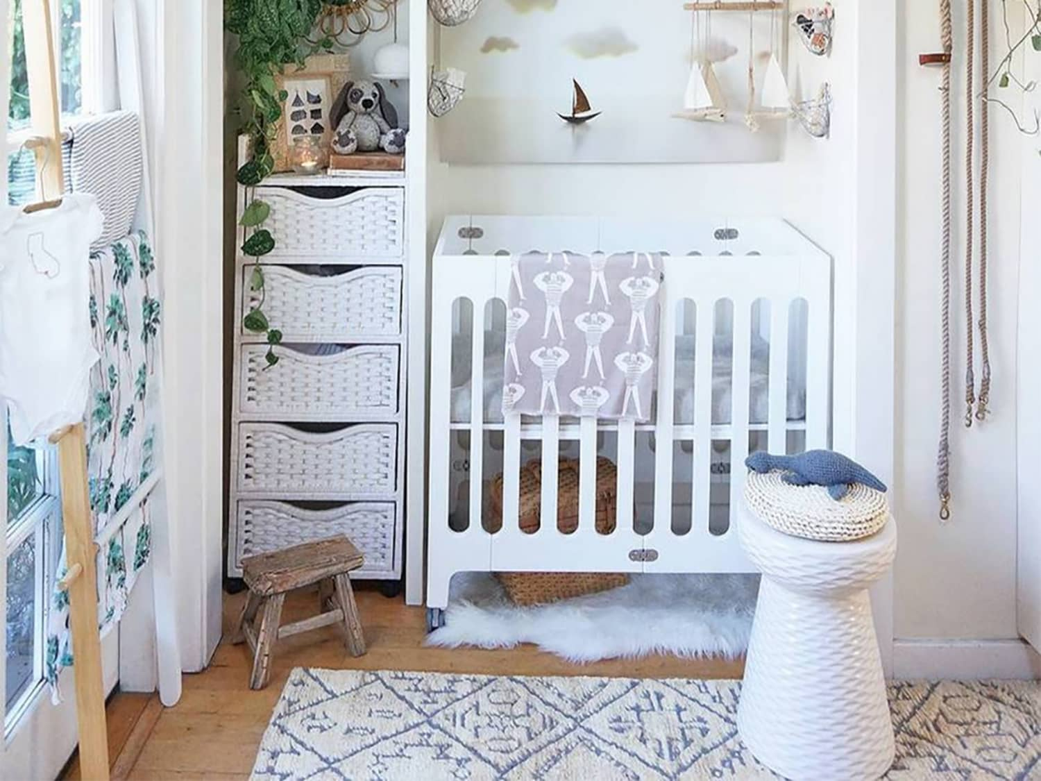 Suburbs Mama Nursery In Master Bedroom: How To Fit A Nursery Into Your Very Small Space