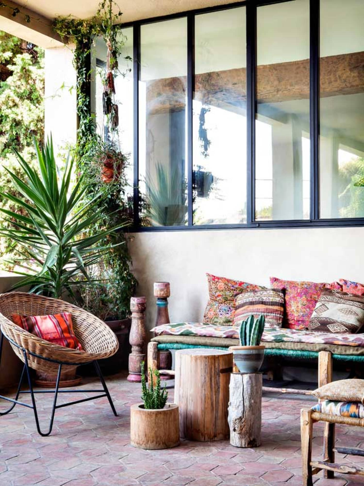 Bohemian Decor Ideas for Outdoor Patio Space | Apartment ... on Bohemian Patio Ideas id=33699