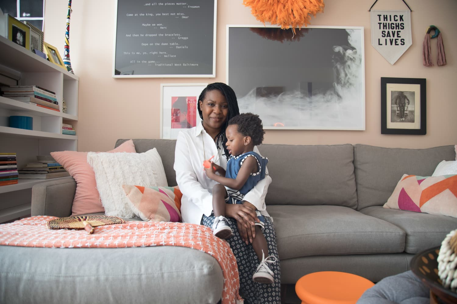 Harlem Home Tour An Interior Designer S Bold Apartment Apartment Therapy