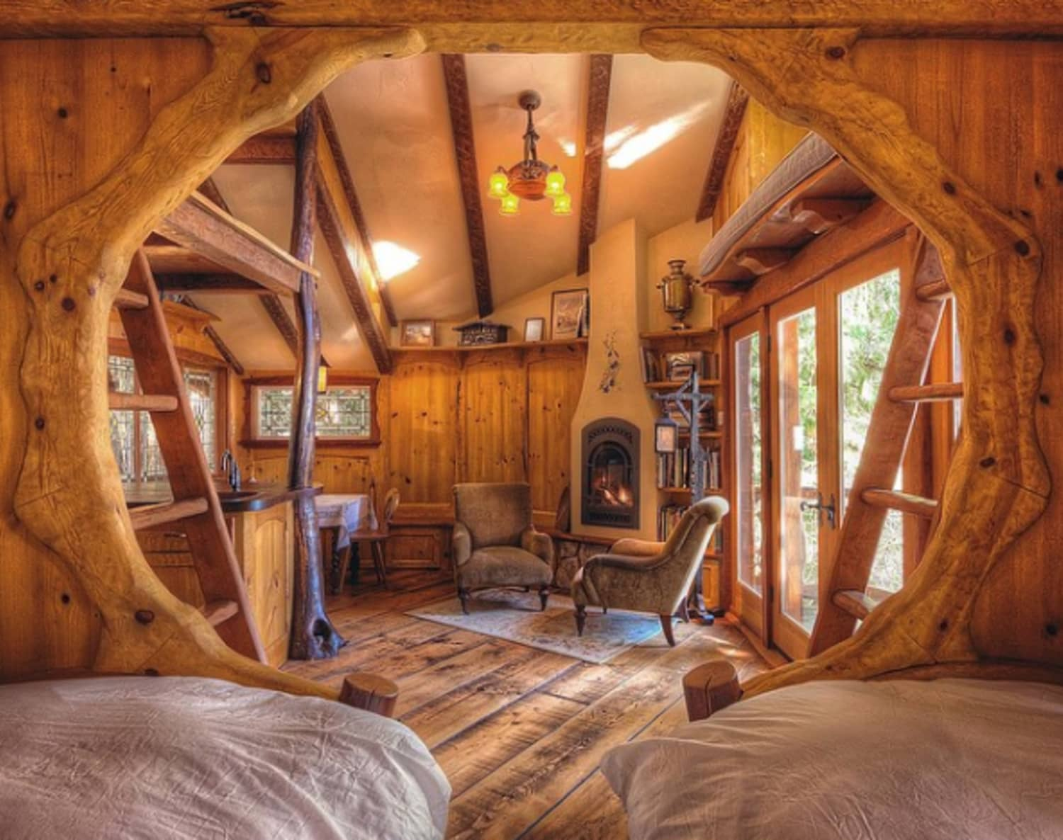 Tiny Log Home Designs: Cozy Tiny Cabin Houses That Are Perfect For Winter
