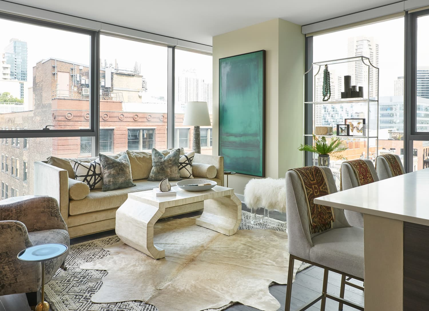 Chic Chicago High-Rise Apartment Mini Tour | Apartment Therapy