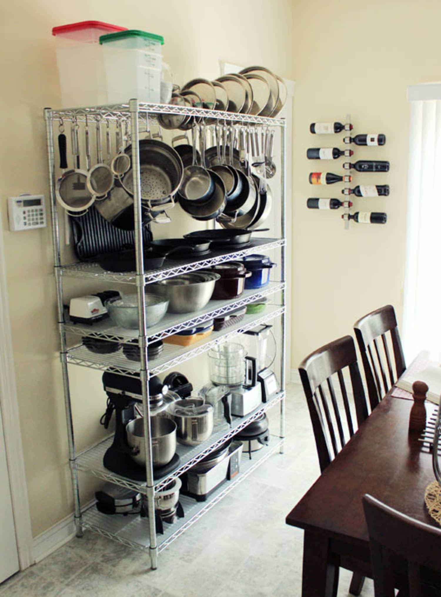 A Smart, Effective Wire Shelving Unit for Kitchen Storage ...