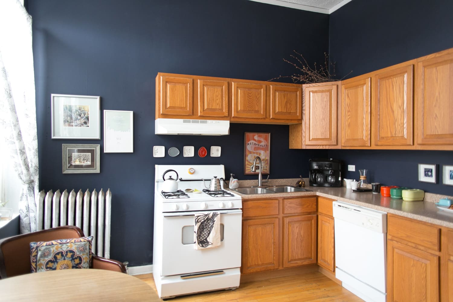 This Is How to Deal with Honey Oak Cabinets: Paint the ...