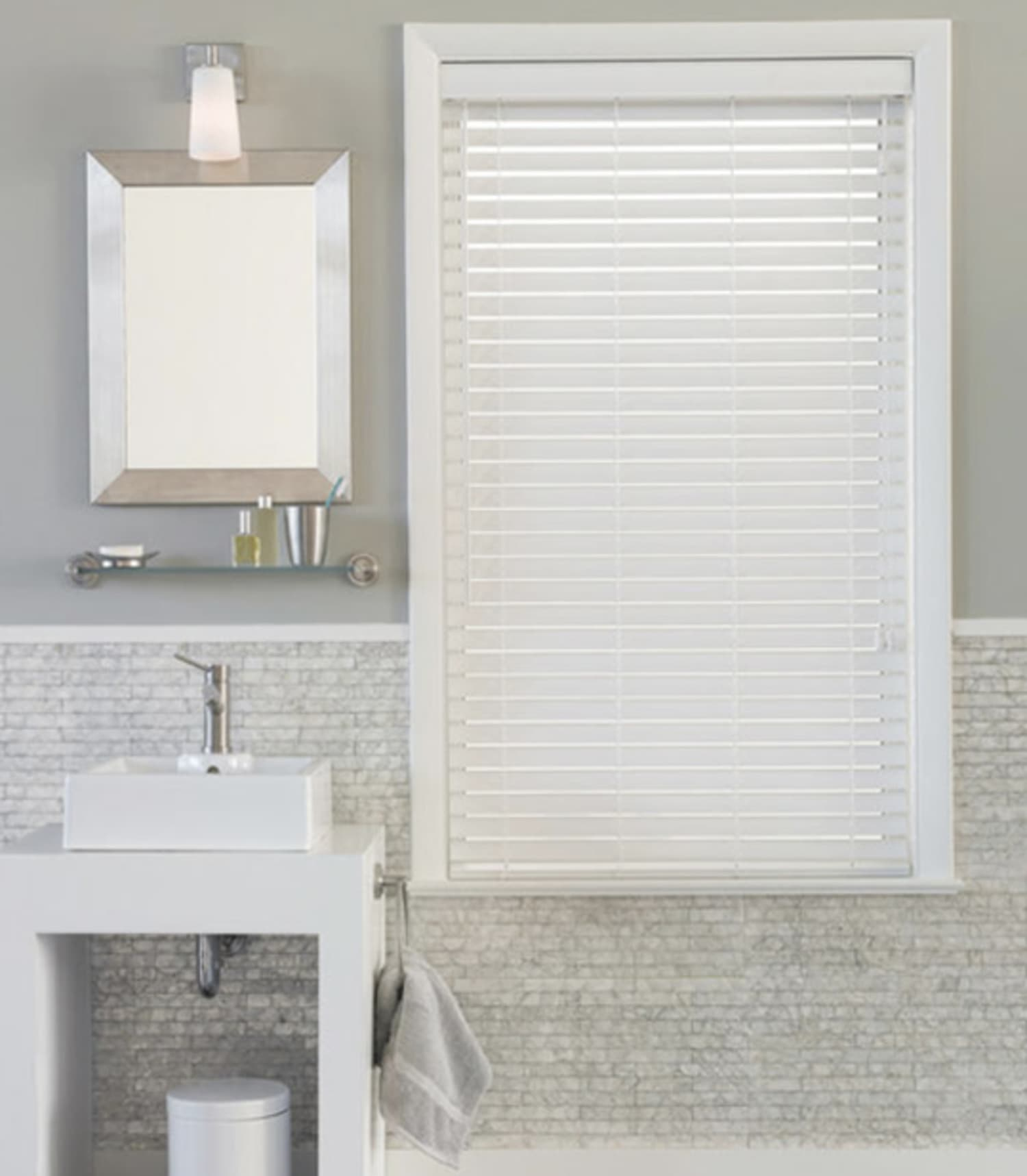 8 Solutions for Bathroom Windows | Apartment Therapy