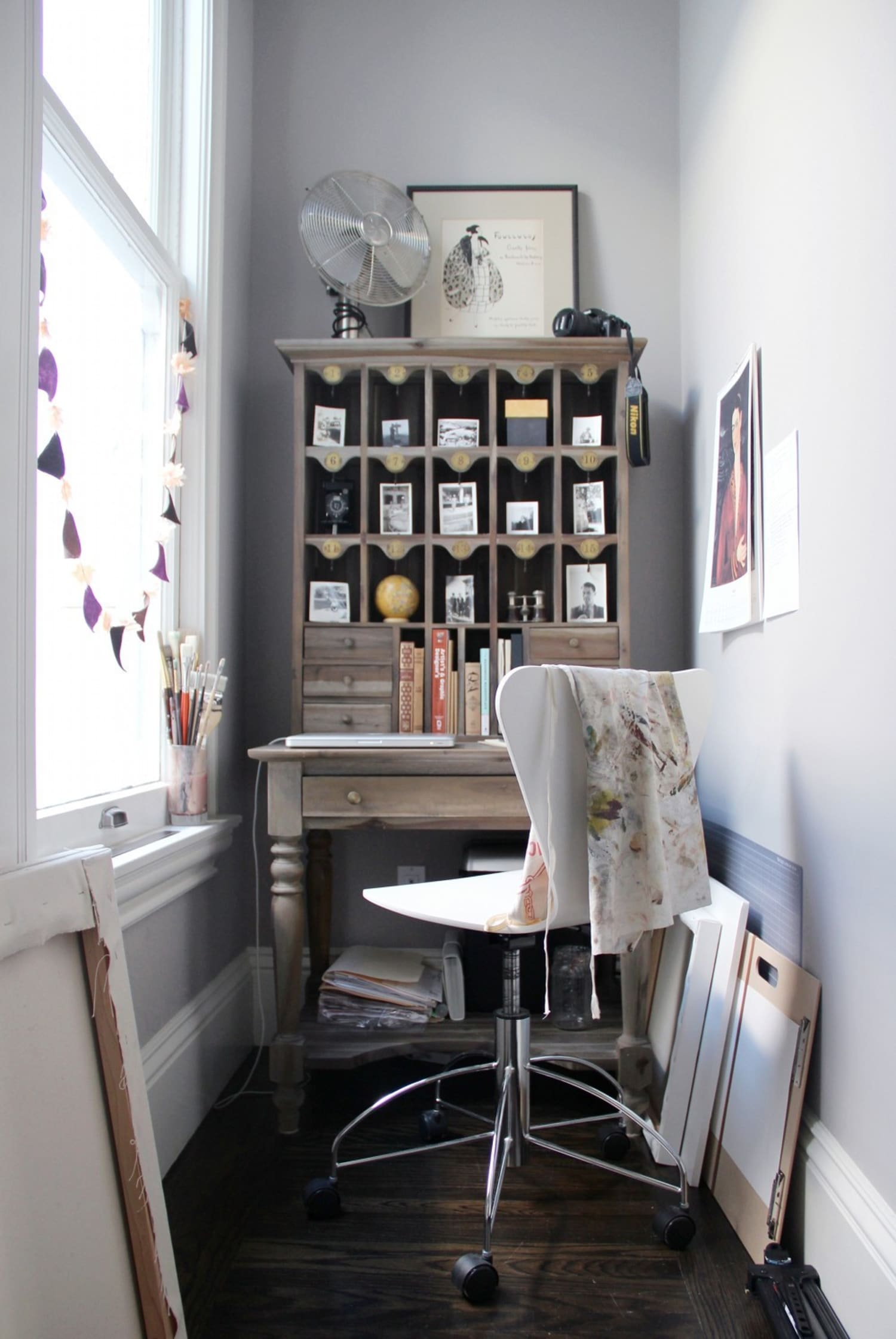 Small Living Room Apartment Therapy: Small Space Solutions: Compact & Smart Home Workstations