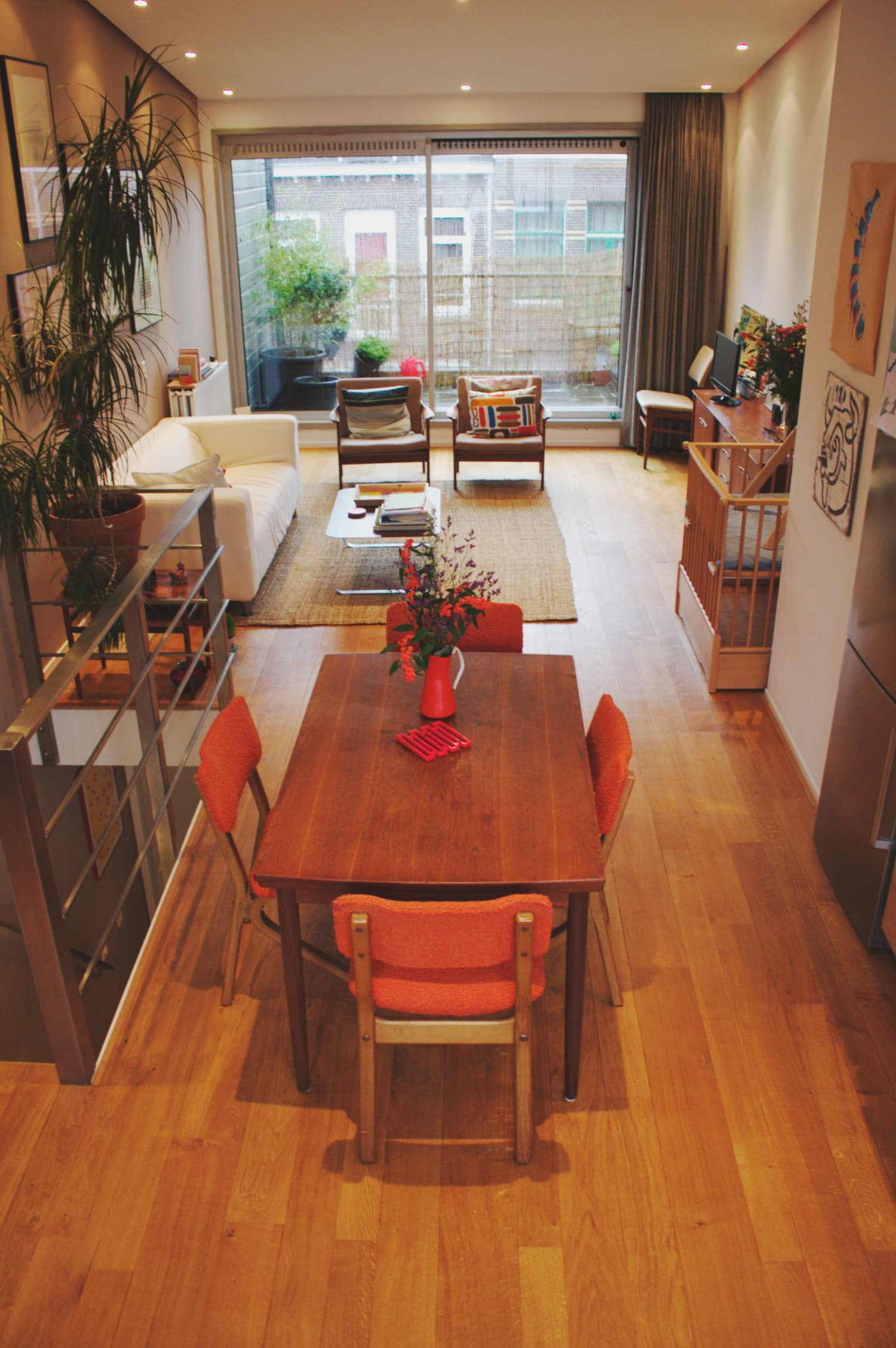 House Tour: A Warm and Cozy Amsterdam Apartment ...