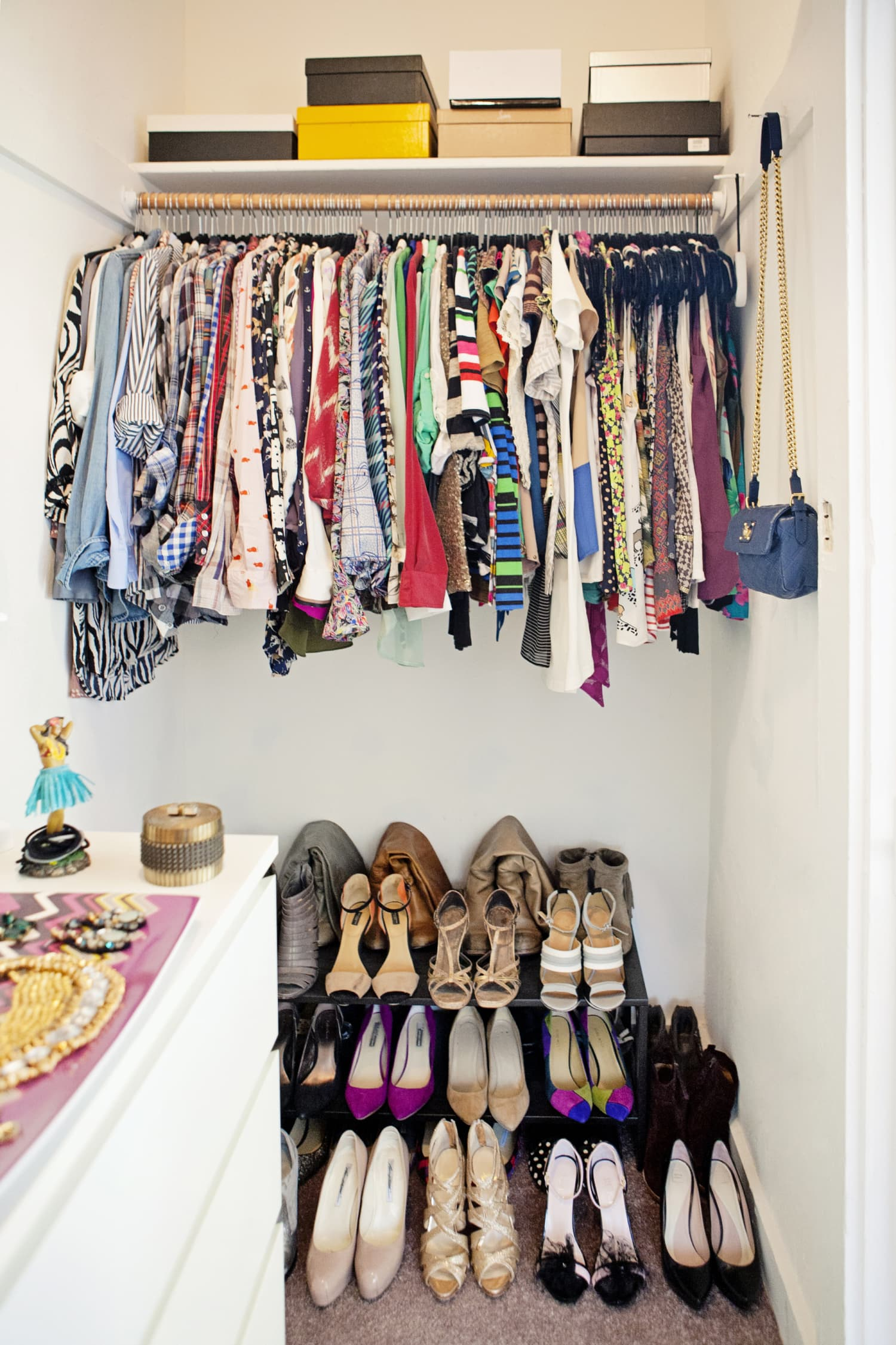 Dorm Room Closet Ideas Clothes