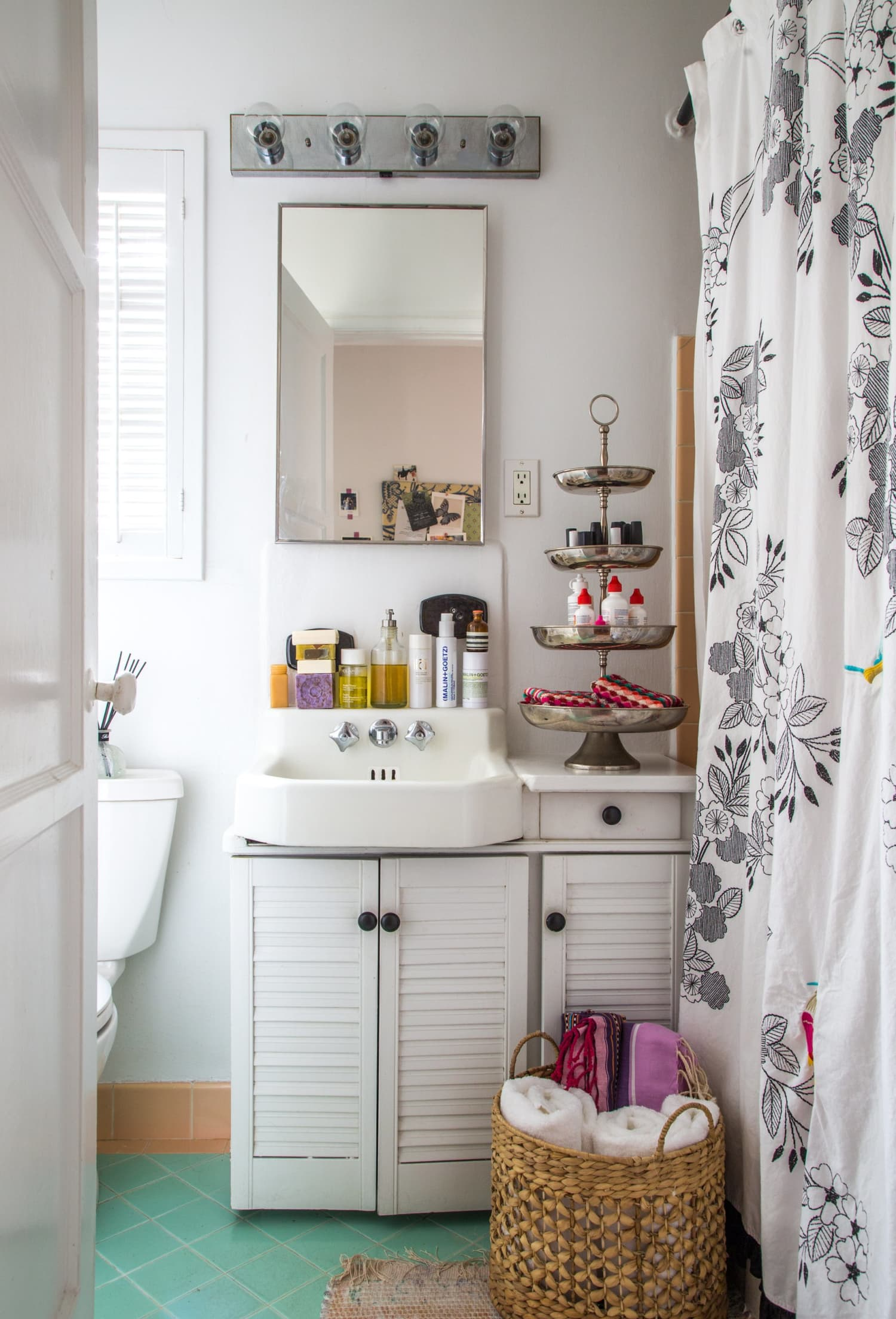7 Clever Ways to Add Storage to a Small Bathroom ... on Small Apartment Bathroom  id=38457