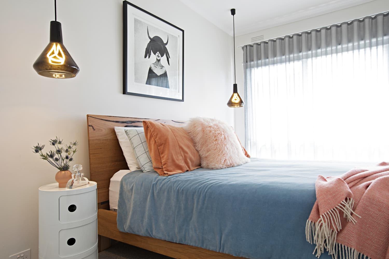 10 Pendant Lights for Bedside - How to Use Hanging Lights ...