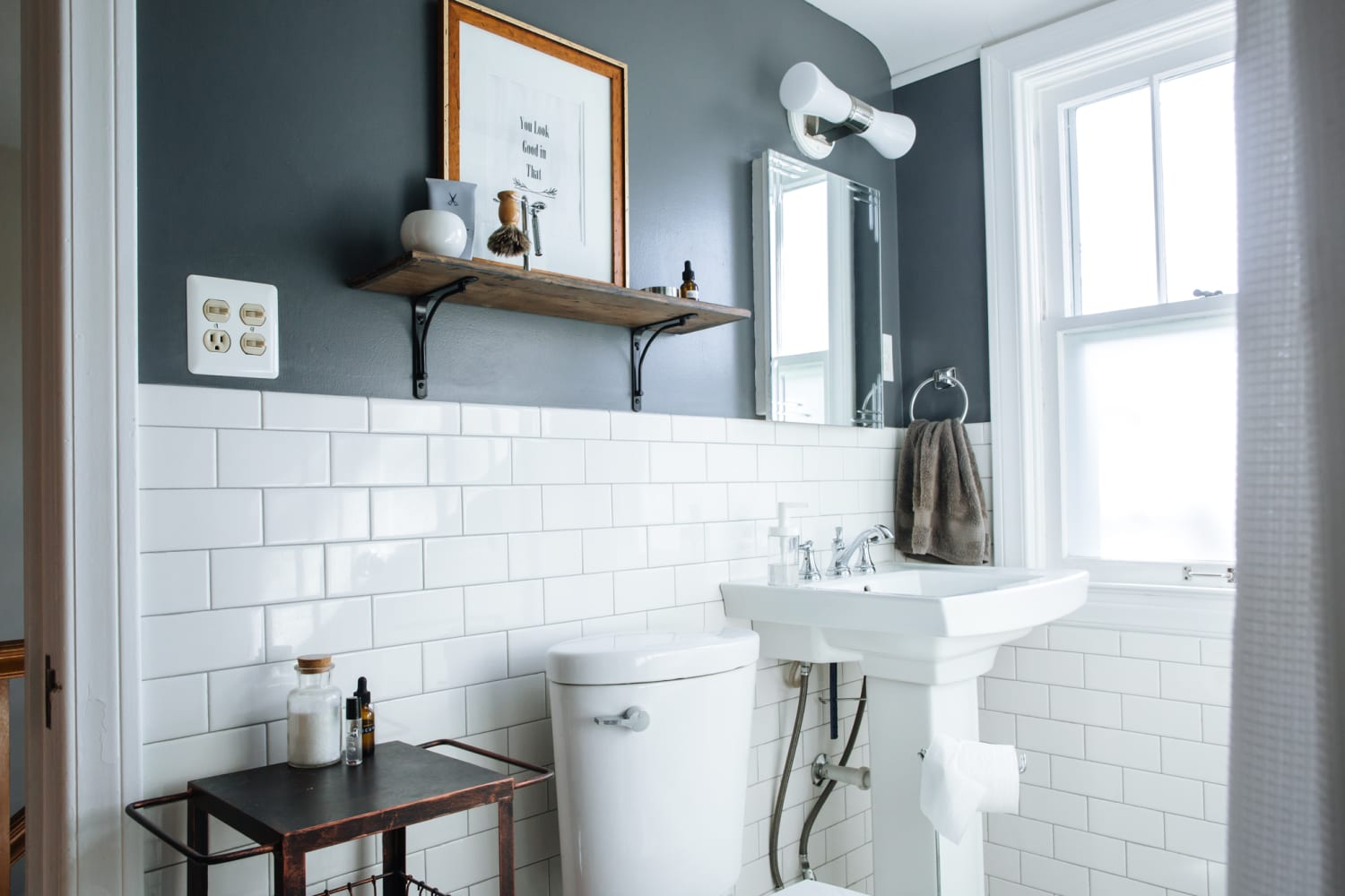 What Is The Best Colour Tiles For Small Bathroom