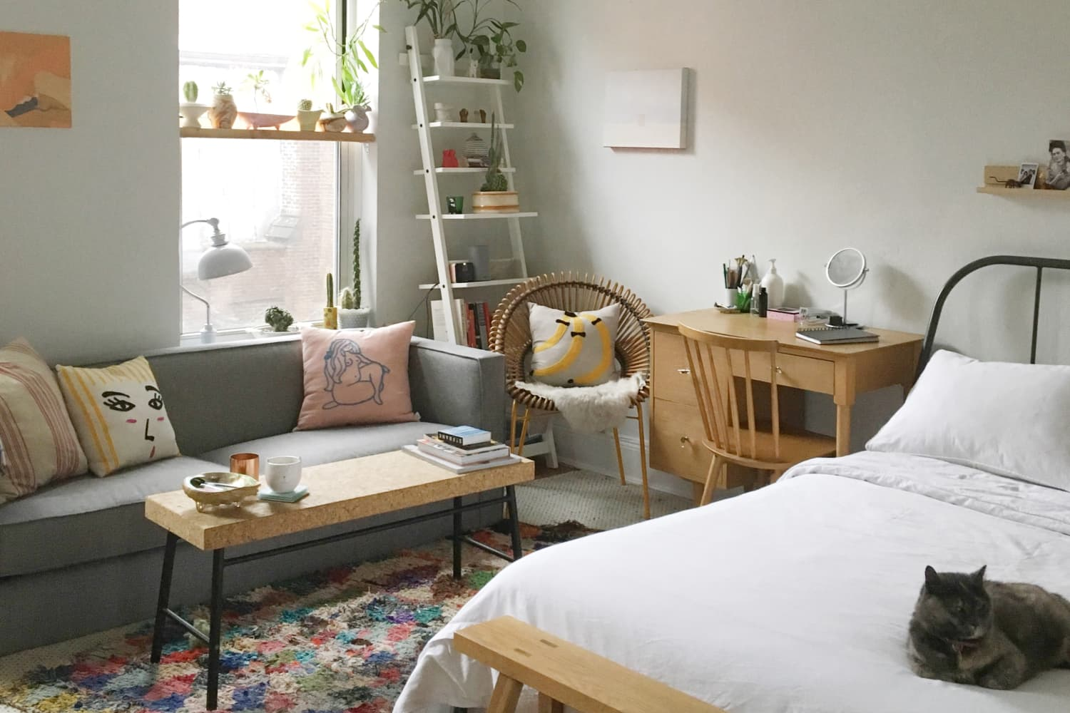 A Minimal 300-Square-Foot Brooklyn Studio   Apartment Therapy