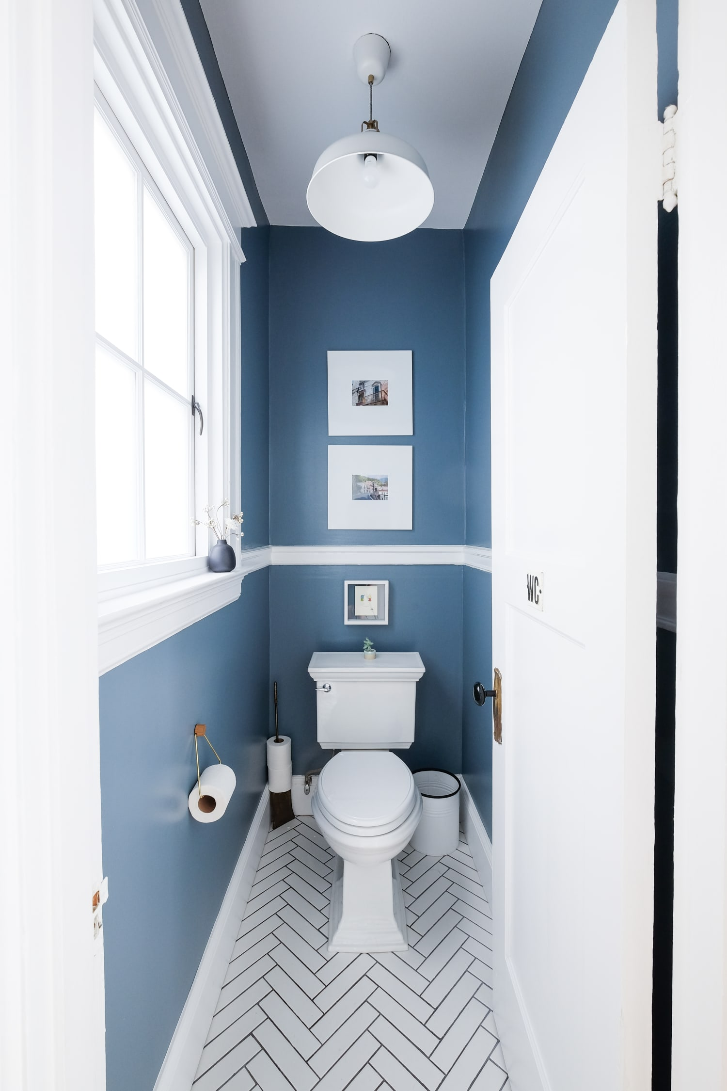 Bathroom Paint - How to Prevent Mildew, Mold | Apartment ...