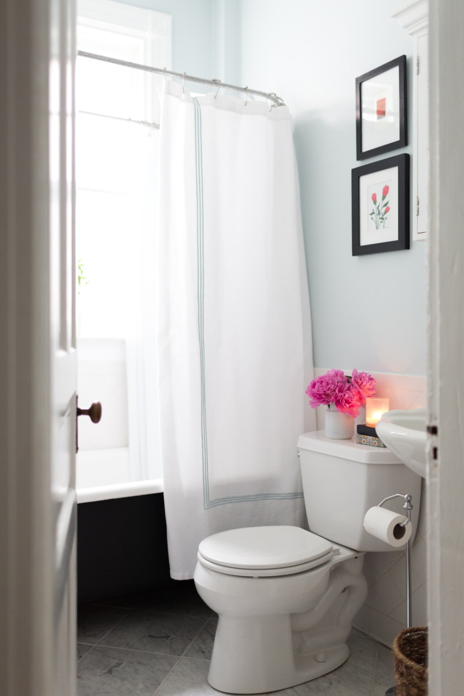 Cheap Bathroom Remodel Ideas That Look Expensive ...