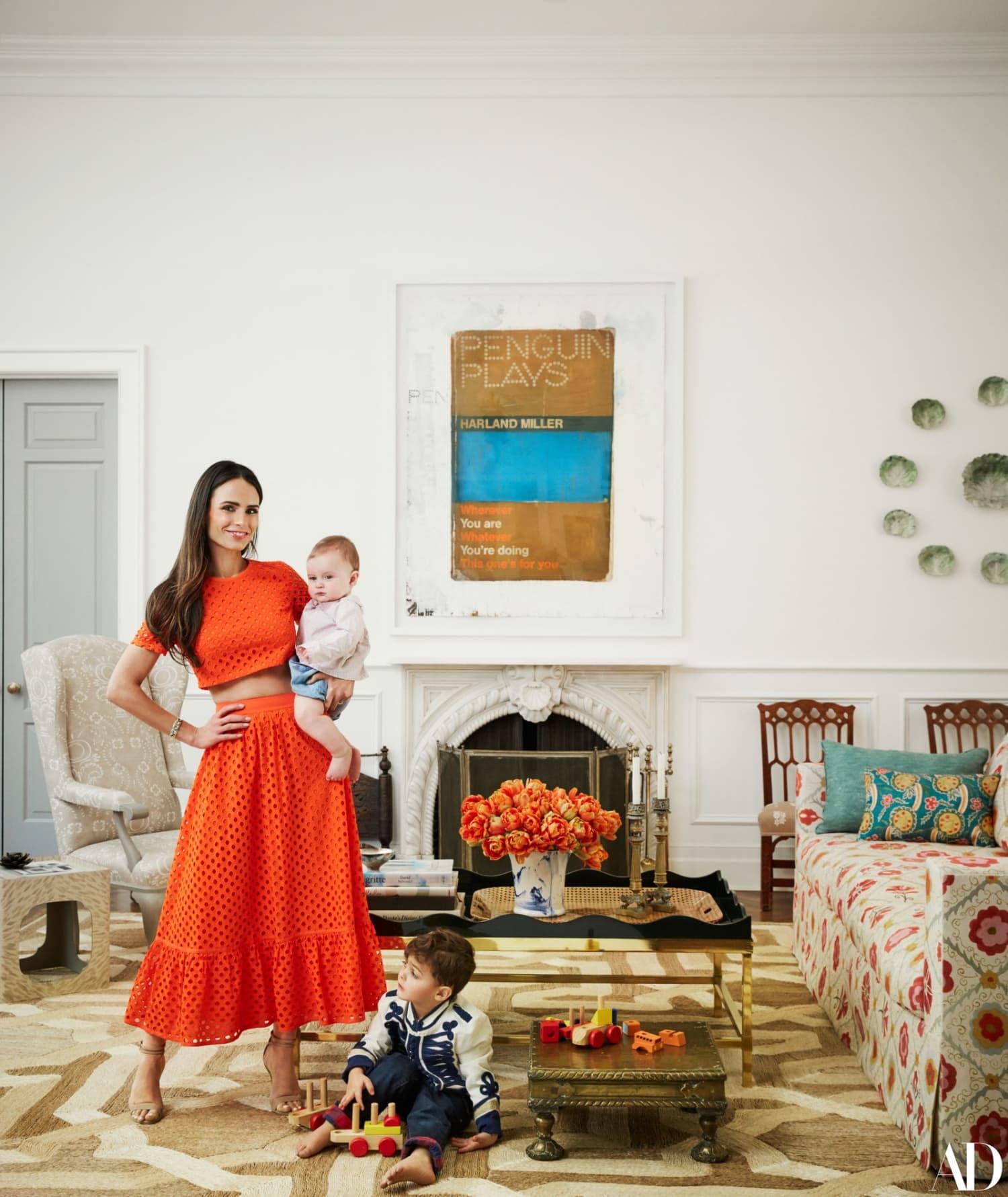 Mid Century Modern Los Angeles Apartment: Jordana Brewster Home Design Photos