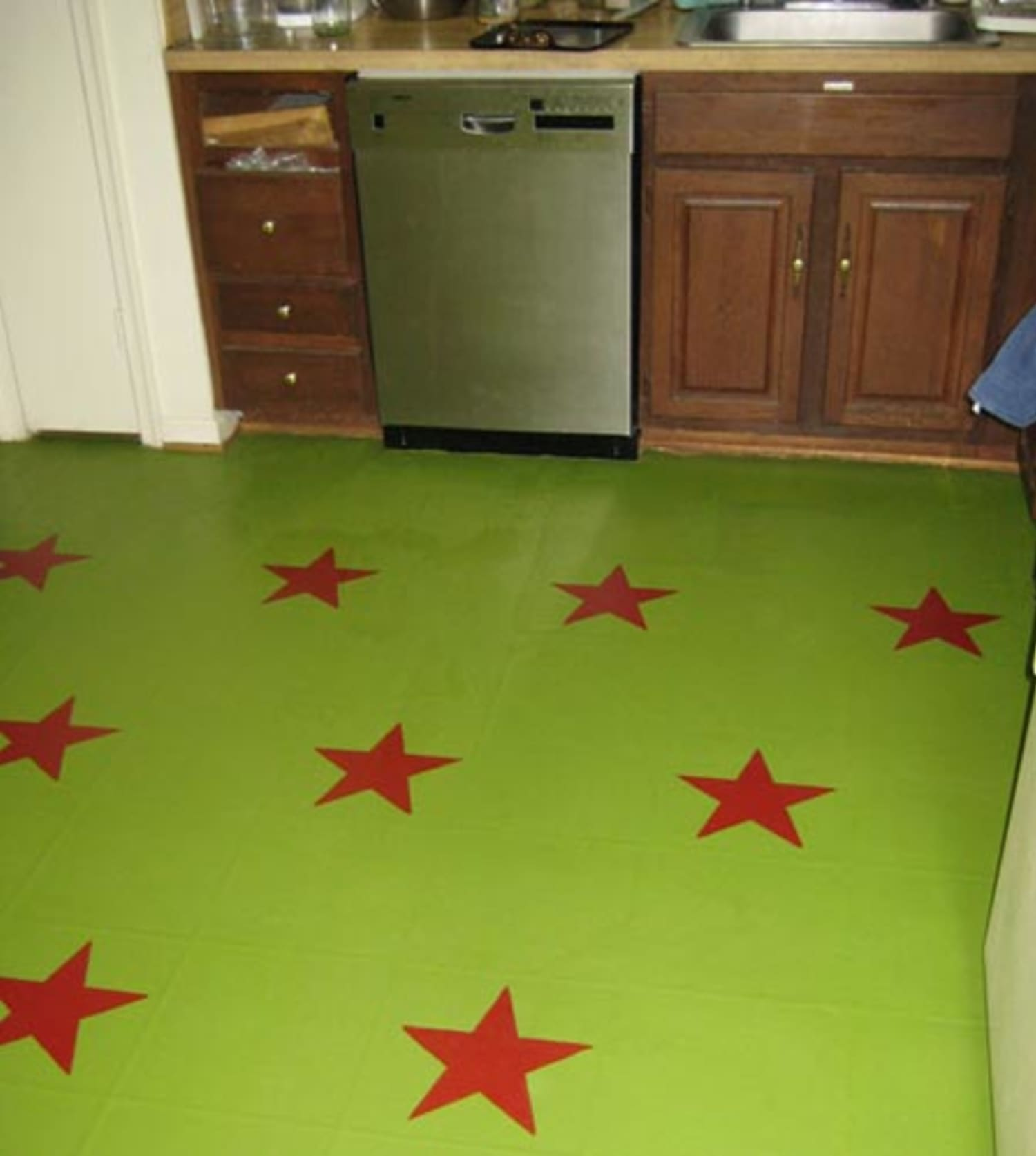 How To Paint (and Stencil) A Kitchen Floor