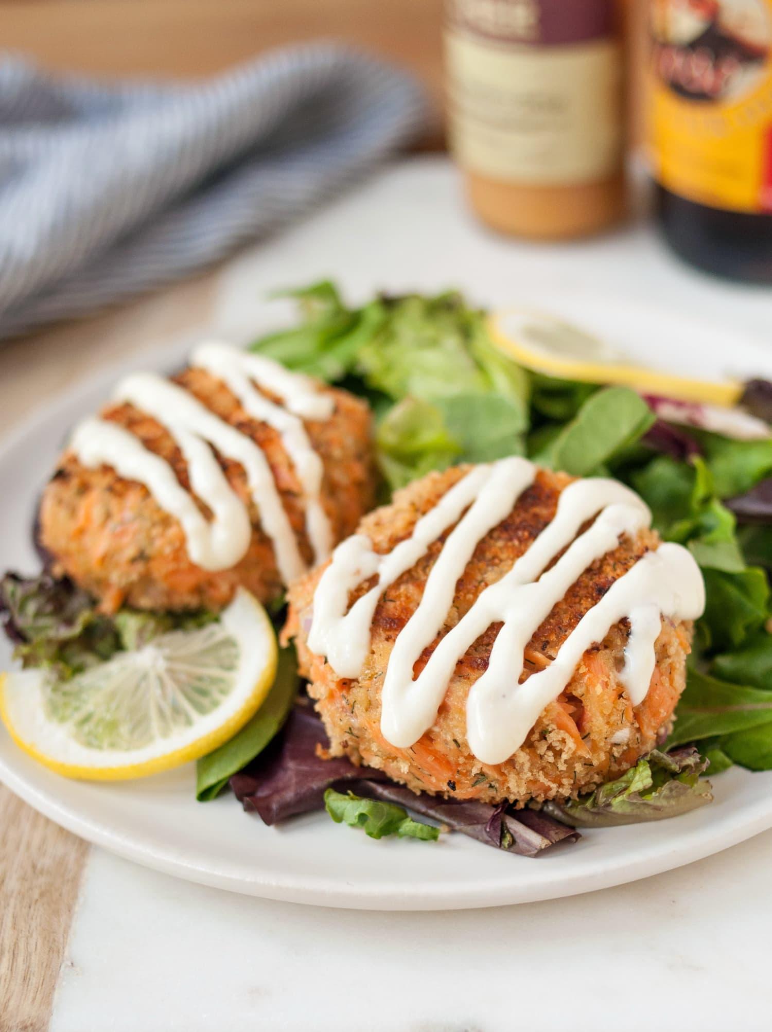 Recipe Salmon Patties With Creamy Garlic Sauce Kitchn