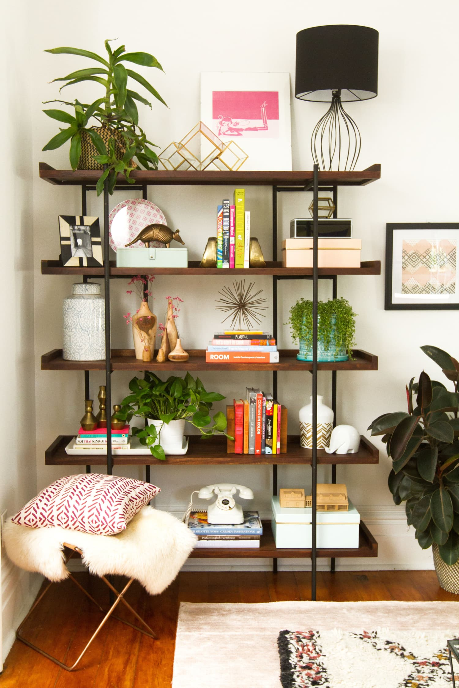 How to Style Bookshelves | Apartment Therapy