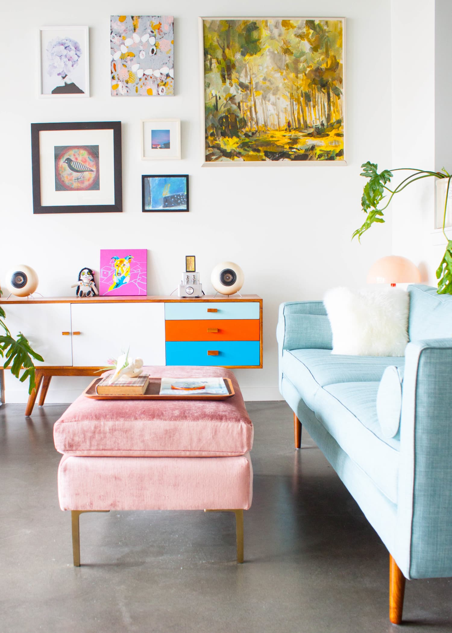 Decorating Small Open Floor Plan Living Room And Kitchen: The Best Coffee Tables For Small Spaces