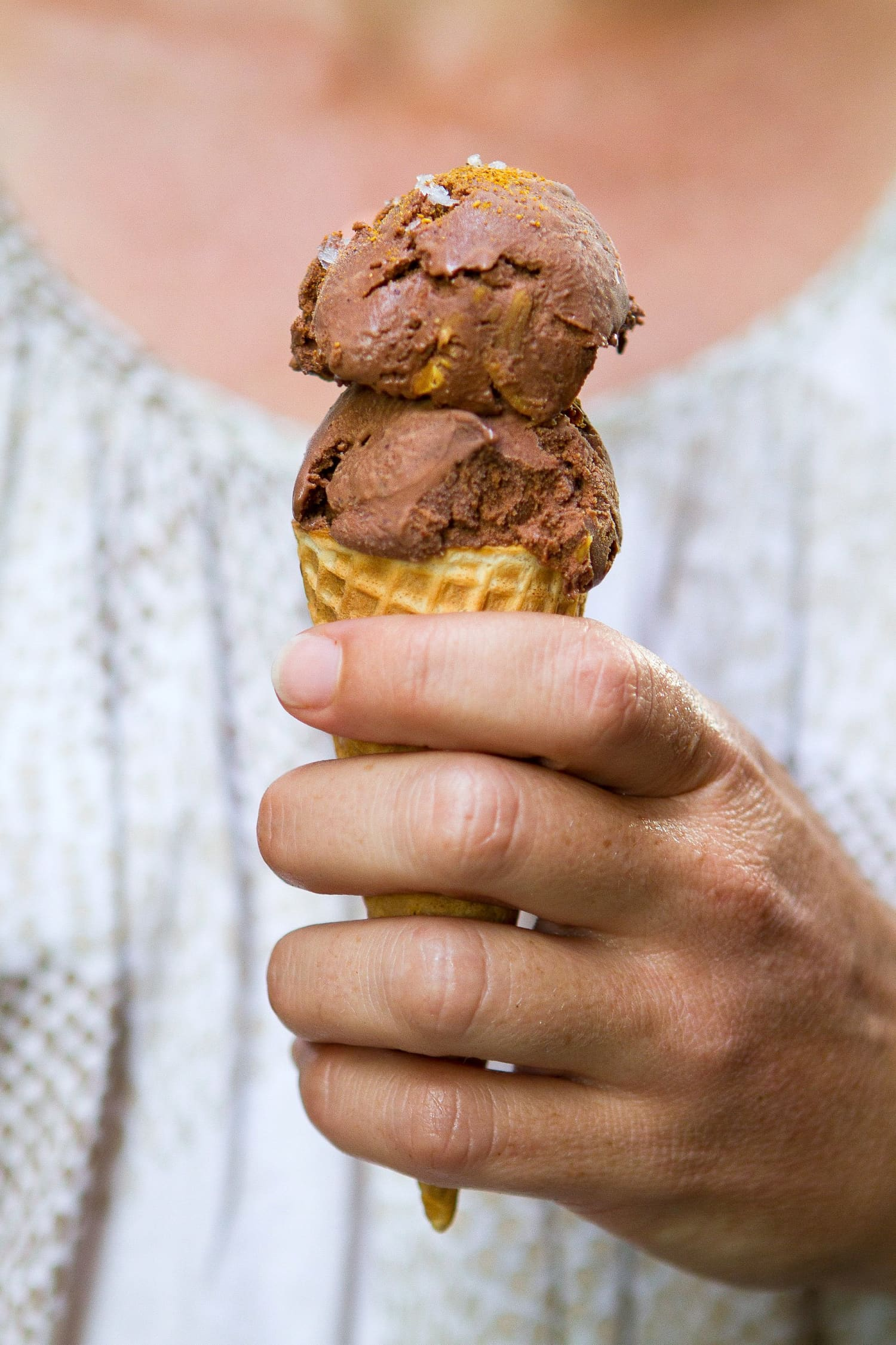 Recipe Mexican Chocolate And Almond Ice Cream Kitchn