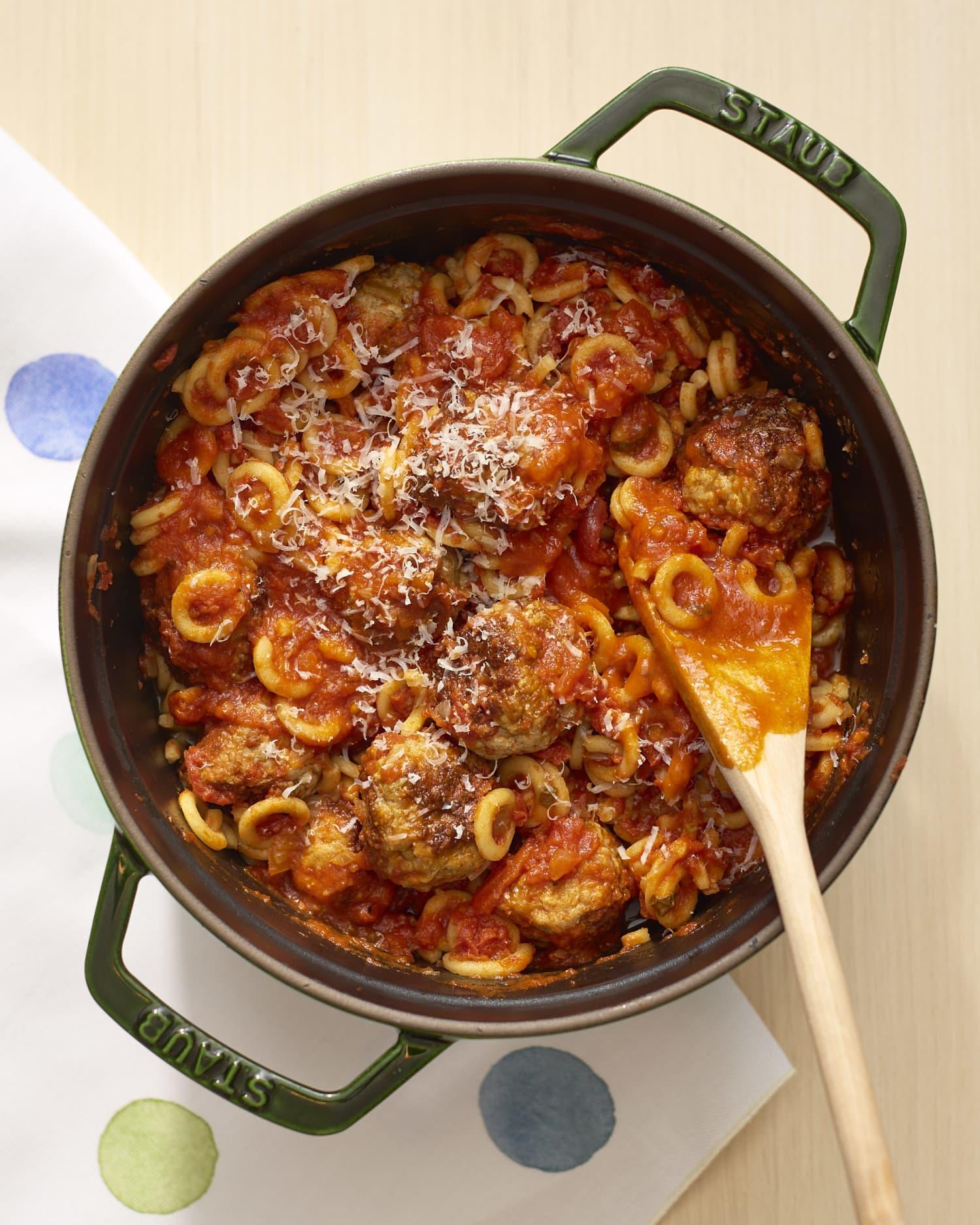10 Easy Weeknight One-Pot Dinners