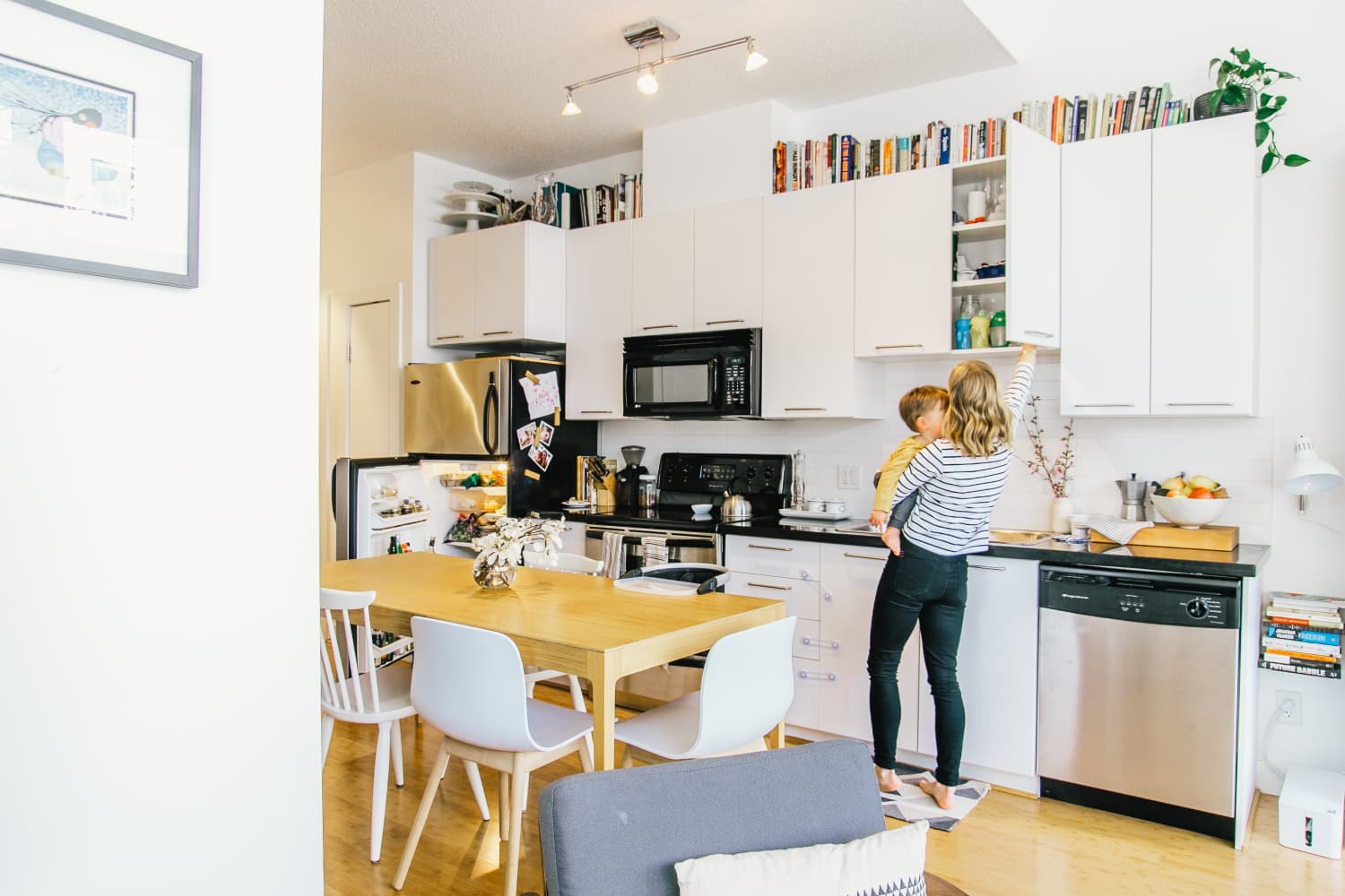 10 Creative Solutions to Maximize Your Kitchen Cabinet Space