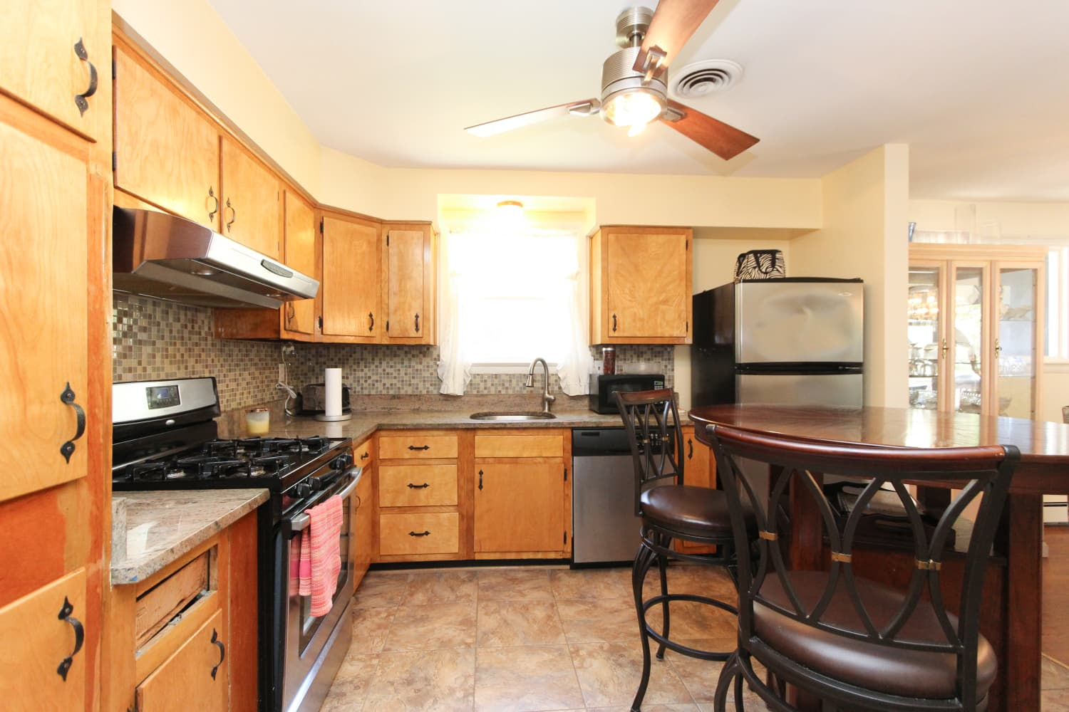 Before & After: Taraji P. Henson Surprises Stepmom with a Brand-New Kitchen